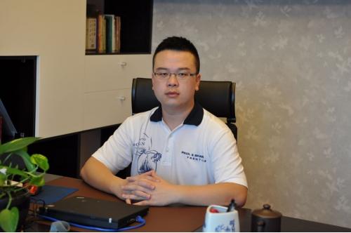 俊美80后CEO身家95亿RMB 力争网络游戏世界NO.1