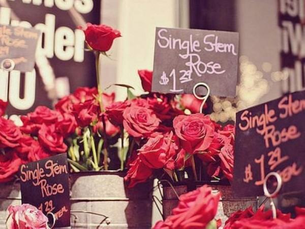 新新创业:男生创业开花店 买家先讲个故事才卖哦!