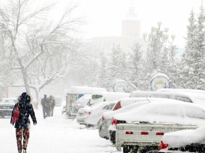 这一段时间下雪,天气太冷了!
